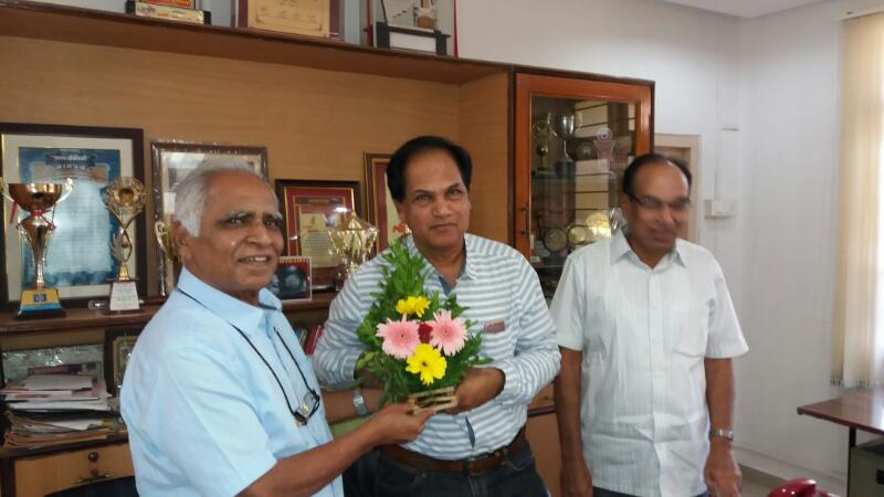 Dr. S. N. Pawar welcoming Prof. Dr. Attar p.a. In IQAC Meeting