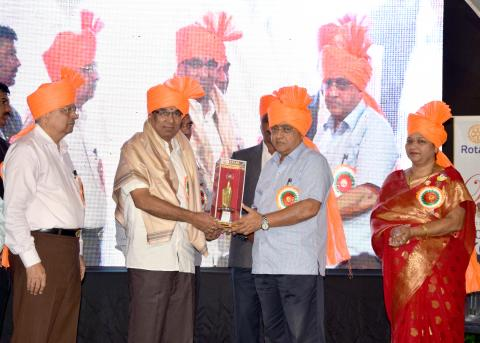 "Hon. Dr. K. R. Patil. Sir Got ""Jeevangaurav Puraskar"""